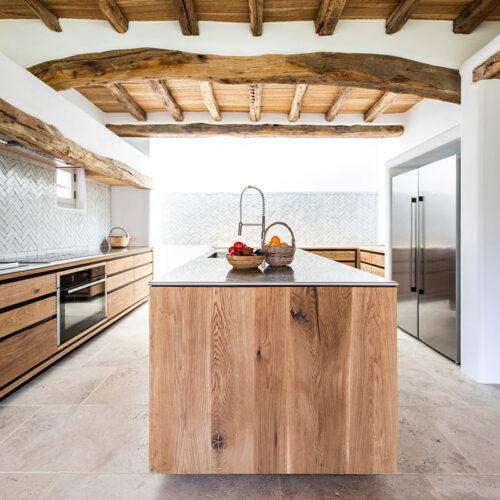 Cocinas en madera a medida