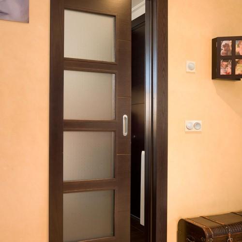 Puerta de paso interior madera color wengué