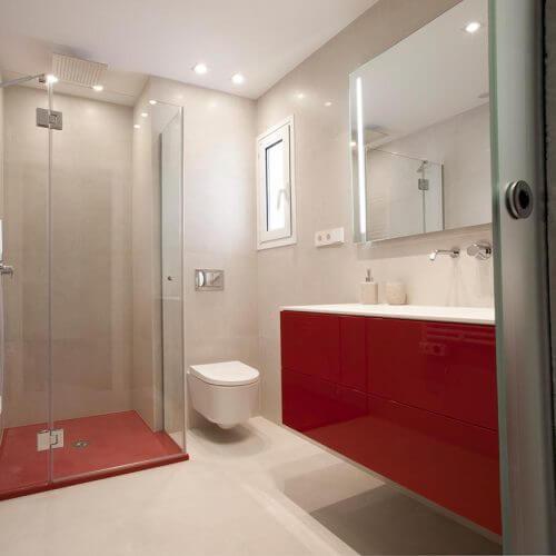 Mueble de baño lacado rojo
