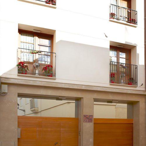 puertas garaje y vivienda lamas y ventanas p11