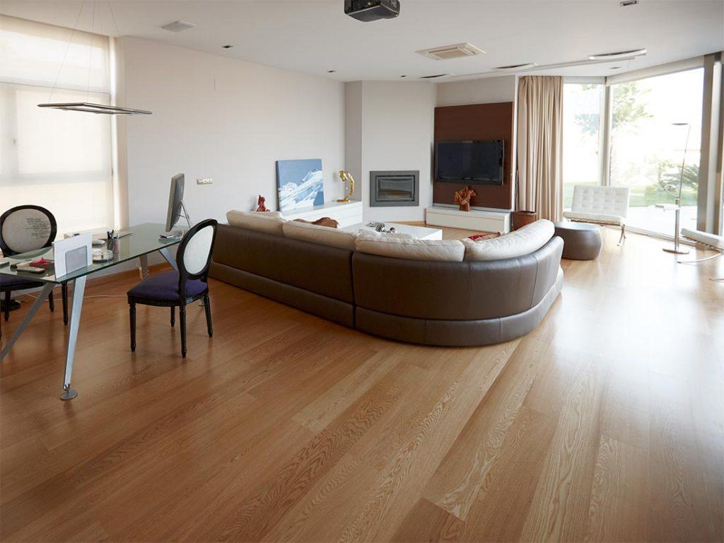 Instalaci n de suelos de madera natural y parquet - Parquet de madera natural ...