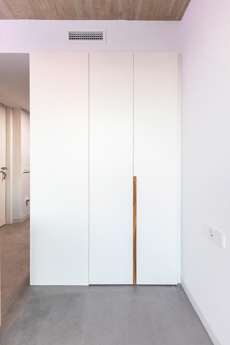 armario lacado blanco liso